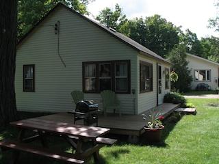 deck_cottage_5.jpg